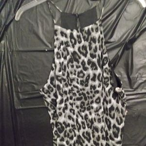 Boutique sleeveless top really cute leopard print